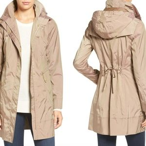 Cole Haan -  raincoat with pouch!